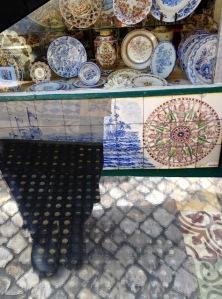 Tiles+window-